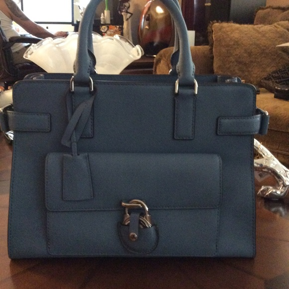 c340ebeb1450 Emma Saffiano Leather Satchel. M_5b41a13a2e1478157cdaf3d3. Other Bags you  may like. NWT Michael Kors Kelsey Nylon Large Tote ...